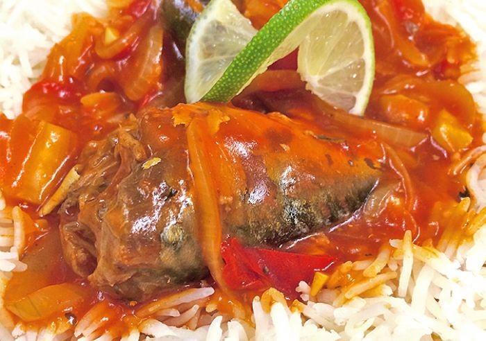 Món này thích hợp dùng với cơm nóng hoặc ăn với bún sẽ rất ngon