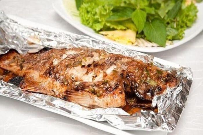 Với hương vị thơm ngon, thịt ngọt, cá mắt kiếng (cá bã trầu) được rất nhiều người yêu thích