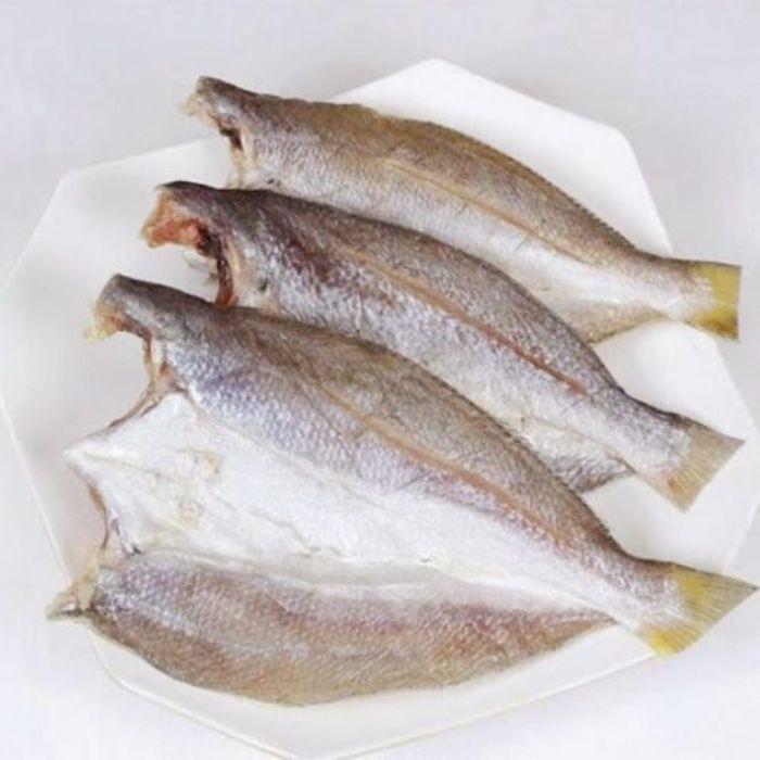 Khô cá đù là sản phẩm được chế biến từ những chú cá đù tươi sống