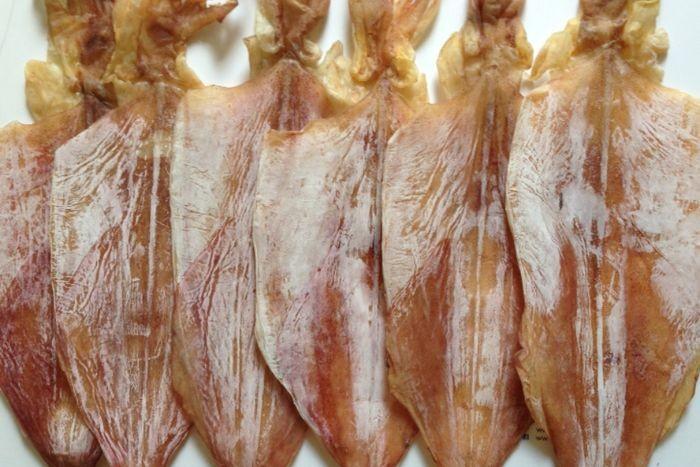 Khô mực là loại thực phẩm được chế biến từ mực tươi