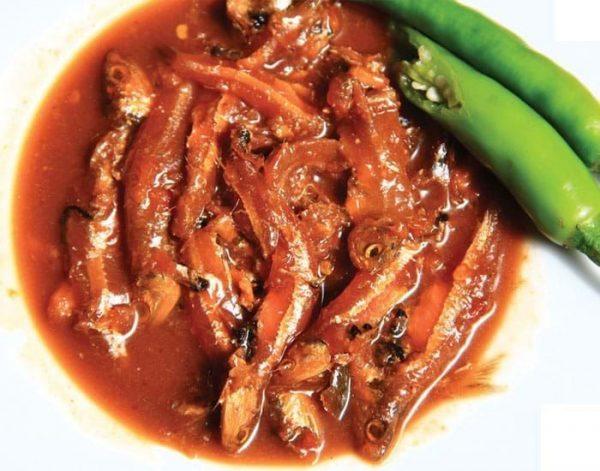 Mắm cá cơm (Trung Nam) là sản phẩm được sản xuất trên dây chuyền hiện đại