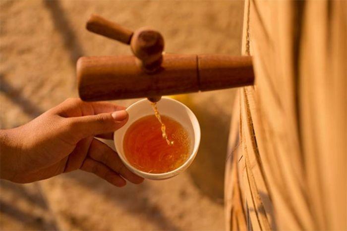 Nước mắm nhĩ (Trung Nam) được chế biến từ những nguyên liệu tươi ngon nhất