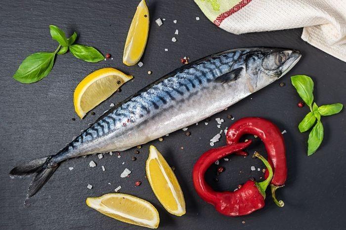 Thịt cá thu còn được ăn sống để bảo toàn dinh dưỡng