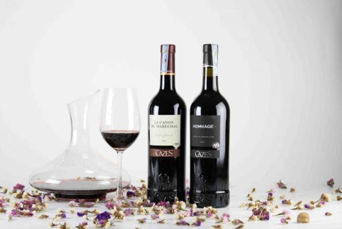 Rượu vang là nguyên liệu cho món cua hấp rượu