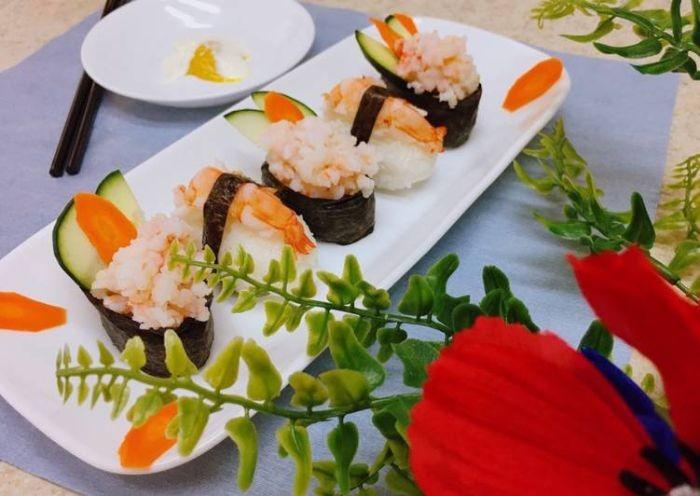 Cách làm sushi tôm đơn giản ngay tại nhà