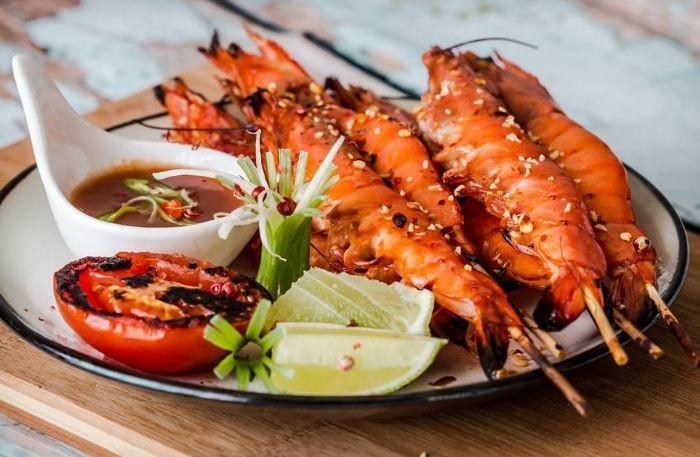Tôm là nguồn cung cấp đạm quan trọng trong khẩu phần ăn của người Việt