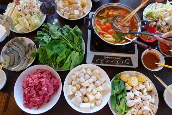 Hướng dẫn cách nấu lẩu Thái Lan chua cay hấp dẫn tại nhà