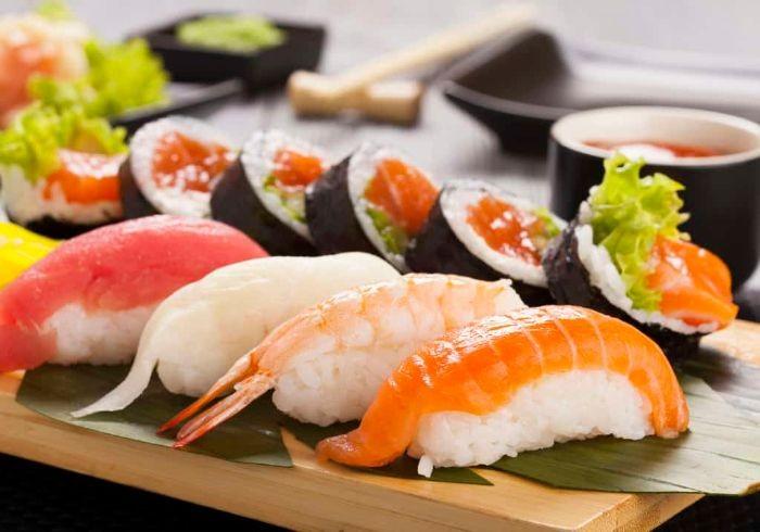 Người Nhật thường dùng Sushi thay cho bữa ăn chính