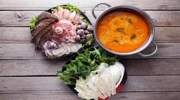 Cach Lam Nuoc Lau Hai San Khong Can Xuong 1