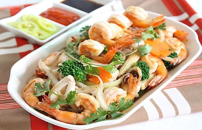 Cach Lam Hu Tieu Xao Hai San 1